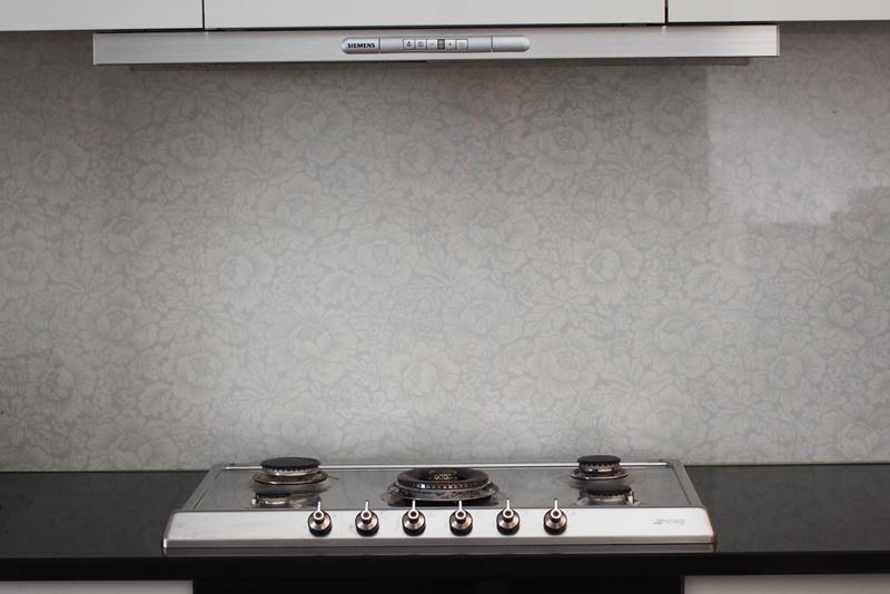 Kalkkilaasti keittiön välitila – Talo kaunis rakennuksen