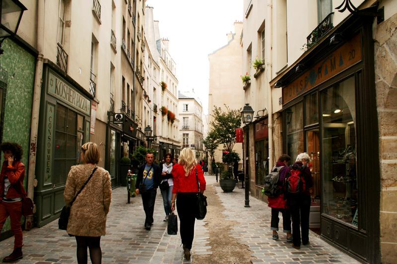 SI MODA MISSING PARIS 1